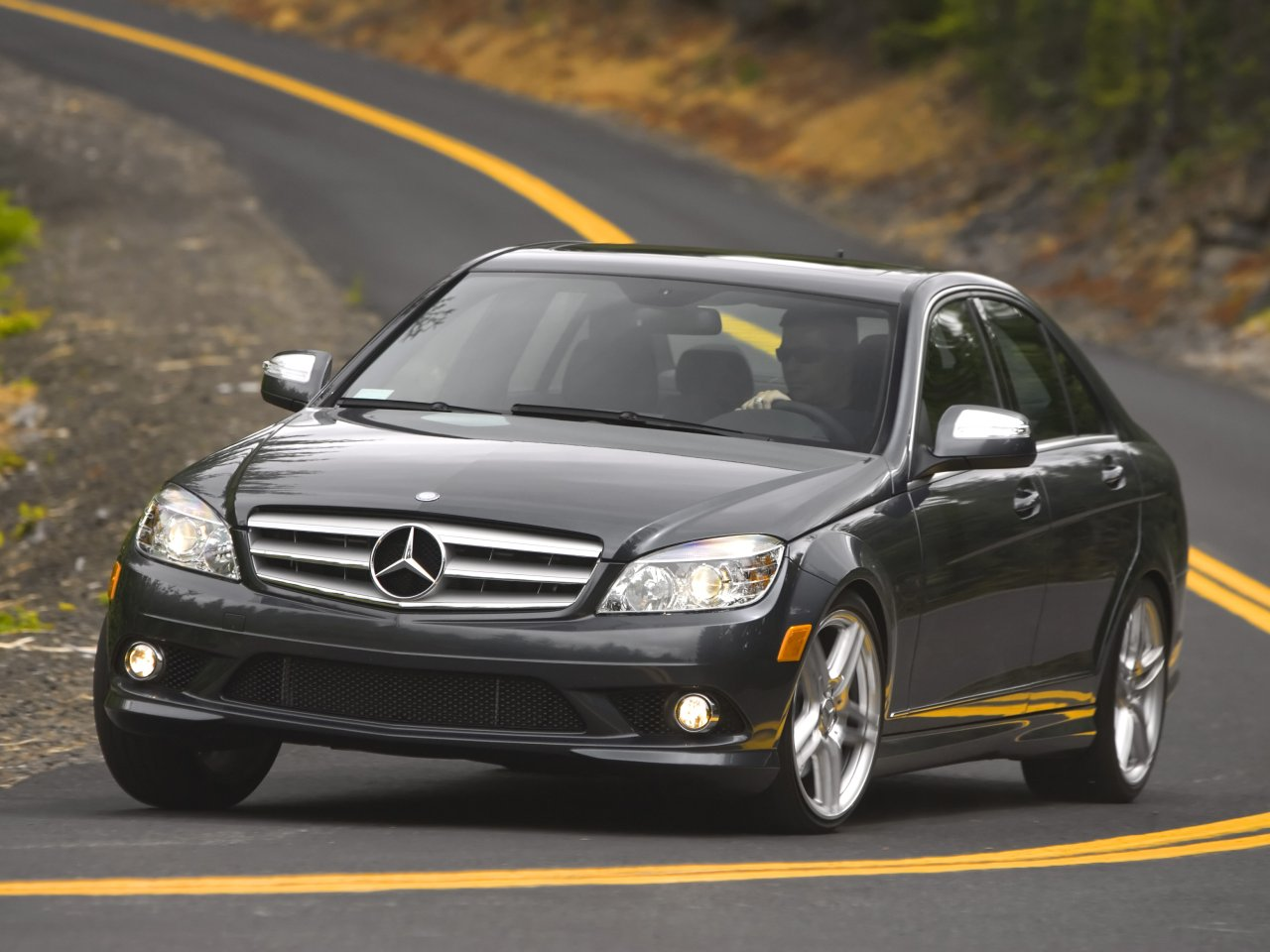 2012 mercedes benz c class new car modification review for Mercedes benz cars pictures