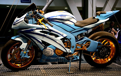 Yamaha R6 Custom Paint And Wheels Airbrush Design