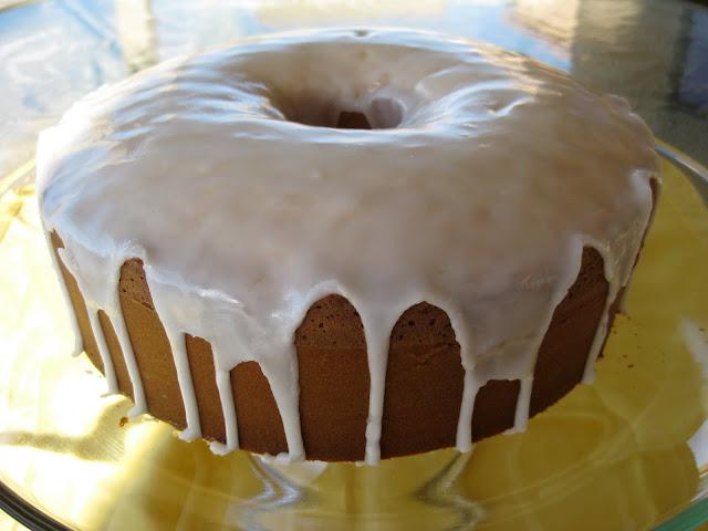 Susi's Kochen Und Backen Adventures: 7-Up Pound Cake