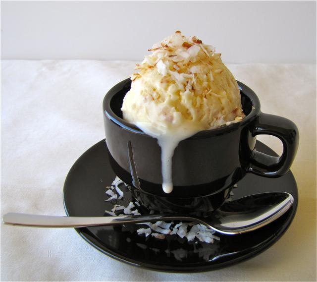 ... Und Backen Adventures: Ice Cream Fridays: Toasted Coconut Ice Cream