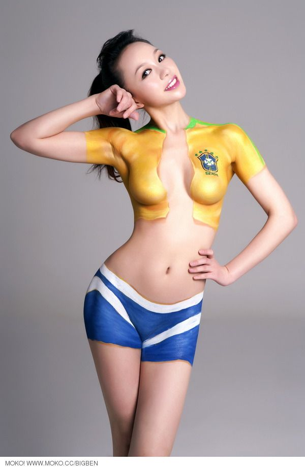 FIFA World Cup 2010 | Nude Chinese Women In Body Paint Show