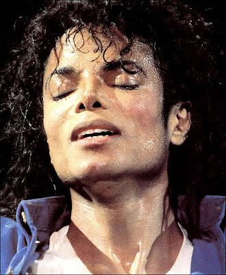 MICHAEL ES EL MEJOR AMANTE QUE HE TENIDO  MJ-HOT-michael-jackson-7446274-660-800