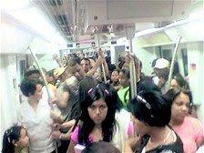 Percance retrasa el traslado en el Metro