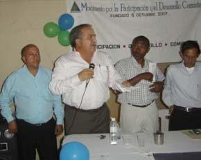 Tonty sigue en lo suyo; se juntó con perredeìstas, reformistas y peledeìstas en El Bonito