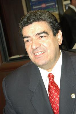 Diputado Henry Sarraff Urbáez felicita El Nuevo Diario en aniversario