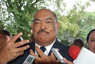 PRD desautoriza a MV para negociar con presidente LF