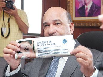 SP exhorta usar mascarillas a viajeros con síntomas de gripe