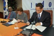 Indotel entrega moderna Sala Digital a Cámara de Cuentas