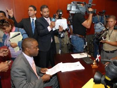 Williams se declara independiente; acusa a Alejandrina orquestar plan en su contra