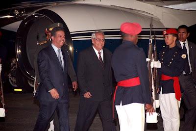 El presidente Fernández regresa al país