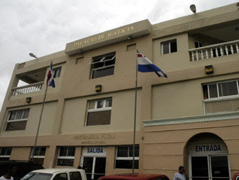 Fiscalía Santo Domingo logra 70 % de condenas en 2010