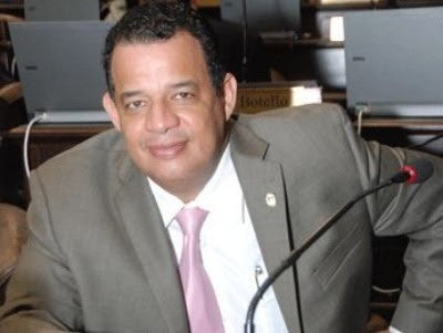 Luisin Jiménez sale al frente a declaraciones de Pastor Evangélico