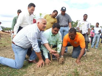 Los Ministerios de la Juventud y de Medio Ambiente y Recursos Naturales, realizan acto conjunto con motivo del Año Internacional de los Bosques