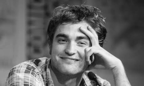 Robert Pattinson Black  White on Black And White Pics Of Robert Pattinson