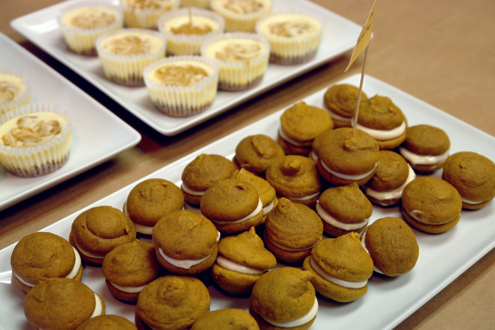K Bakes: Mini Pumpkin Whoopie Pie's