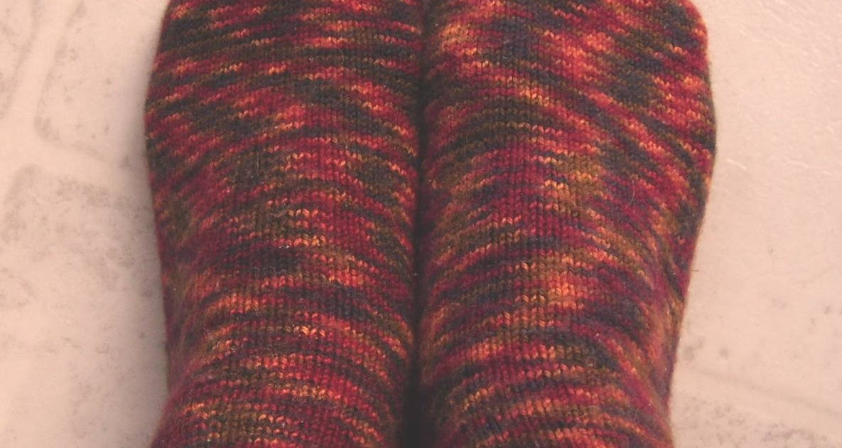 Knit and Crochet Pattern Chat: Pooling ~ A Knit Term Using Variegated Yarn