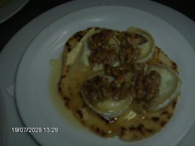 pao piadina com queijo de cabra.... Comida+028
