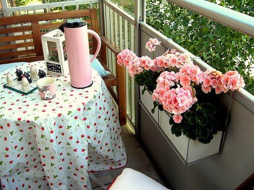 Hey, Lady Grey: Small Balcony Ideas