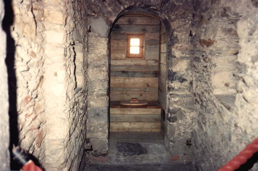 Medieval Castle Bathrooms PLACES TO DO BU...