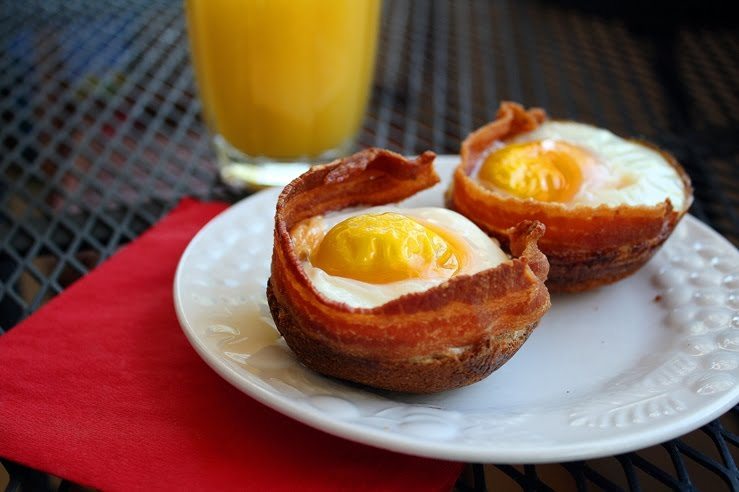The Comfort of Cooking » Bacon, Egg and Toast Cups
