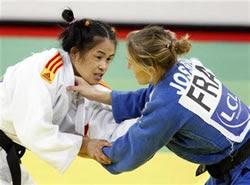 Judogui blanc vs judogui blau