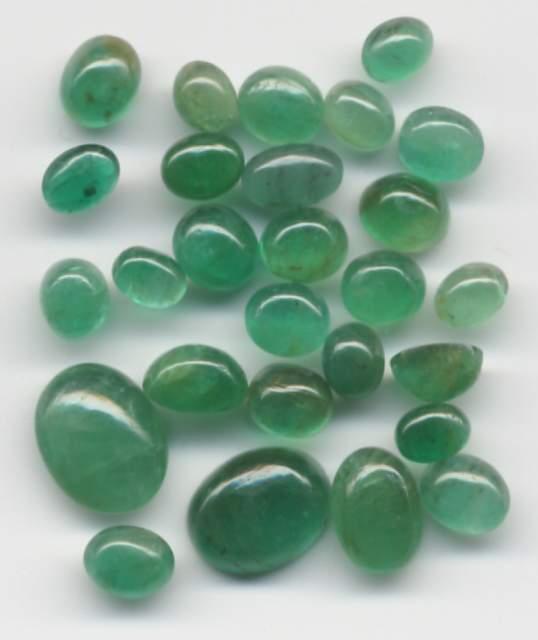 [Emerald-cabochon.jpg]