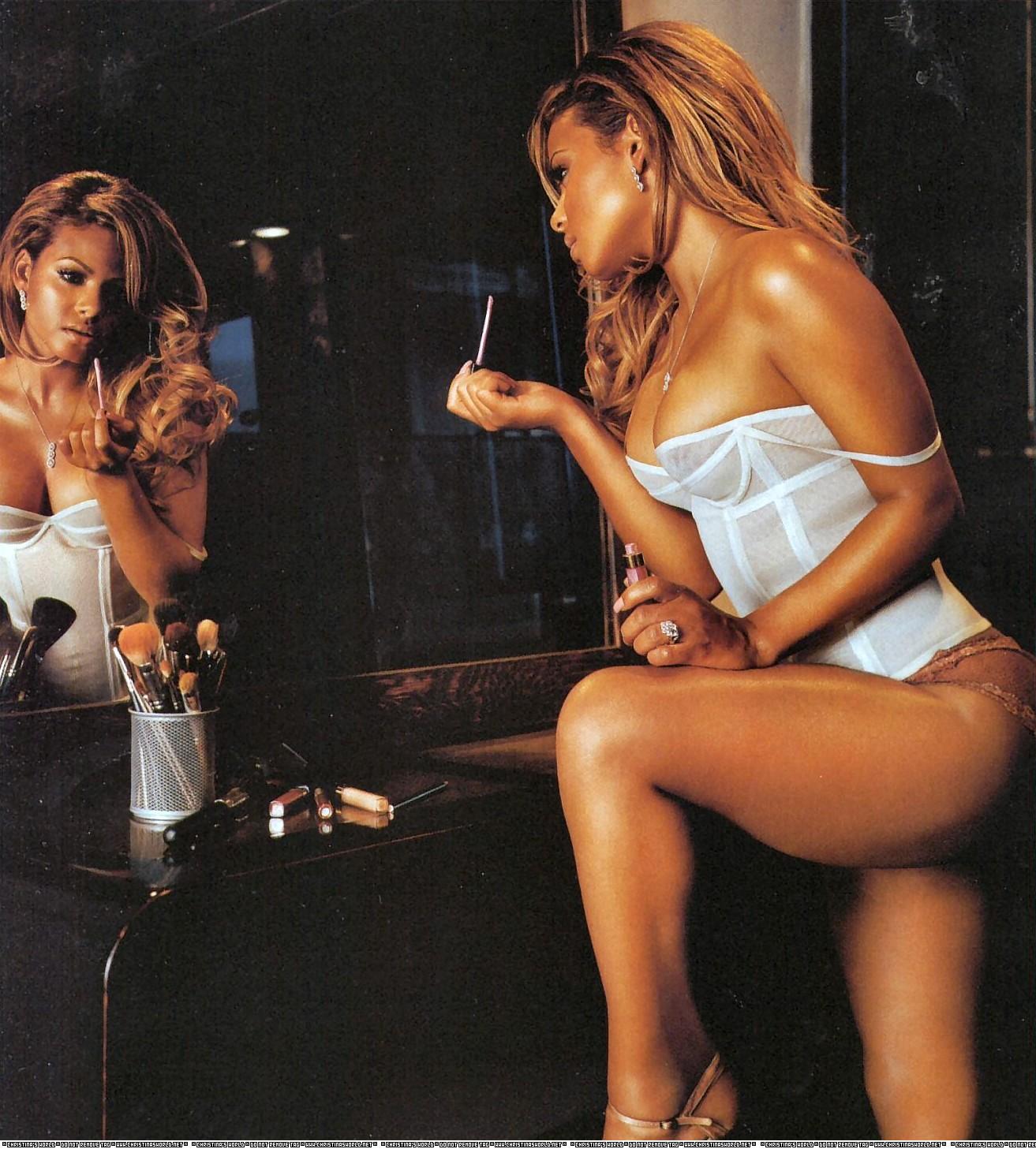 http://2.bp.blogspot.com/_dj4DfscbRTA/Sbki4UntPtI/AAAAAAAAC0Q/Fdc3AWm-6Qk/s1600/Christina%2BMilian%2BKing%2BMagazine%2B3.jpg