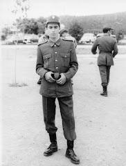 Un día el Subteniente Lozano también fue Recluta. (Abril 1975)