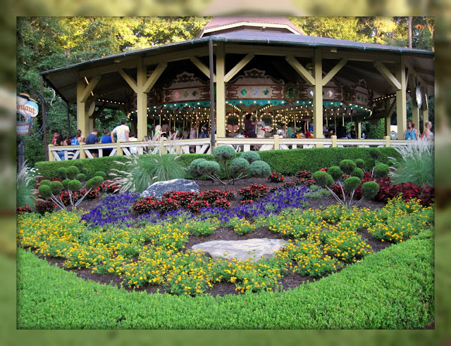 Living In Williamsburg Virginia Carousel Garden At Busch