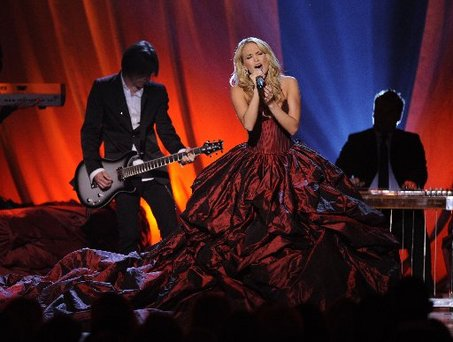 Carrie Underwood's CMA Style - Hit or Miss?