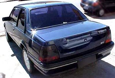 Traseira do Monza 1991
