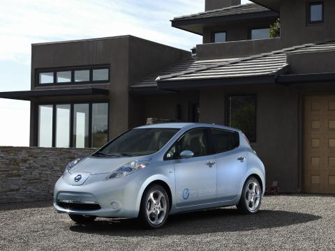 Nissan Leaf 2011 Quot Pure Electric Car First In Us Quot New