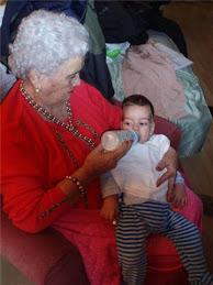 Cenando con la abueli