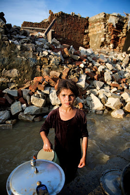 Pakistan flooding photos, United Nations Photo, Diana Topan, Photography News, photography-news.com, photo news, photojournalism, documentary photography, photography