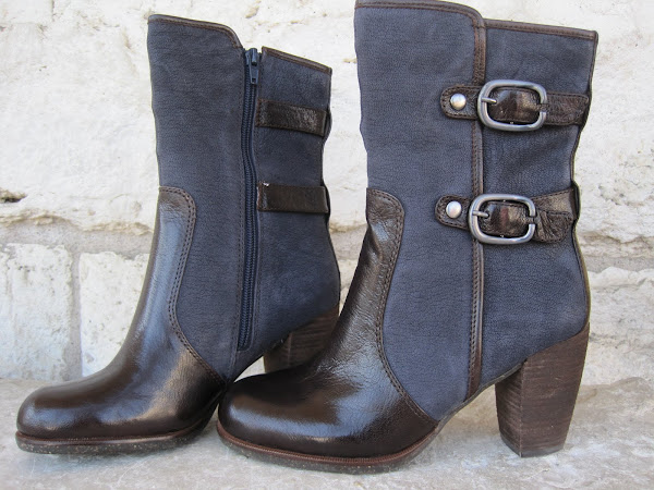 Lightning Midnight boot