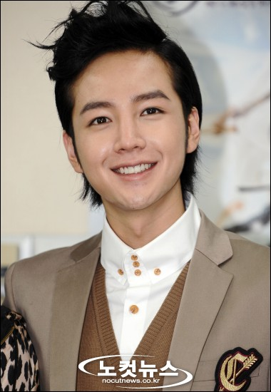 Чан Гын Сок / Jang Geun Seok / 장근석 Jang+geun+suk+%281%29