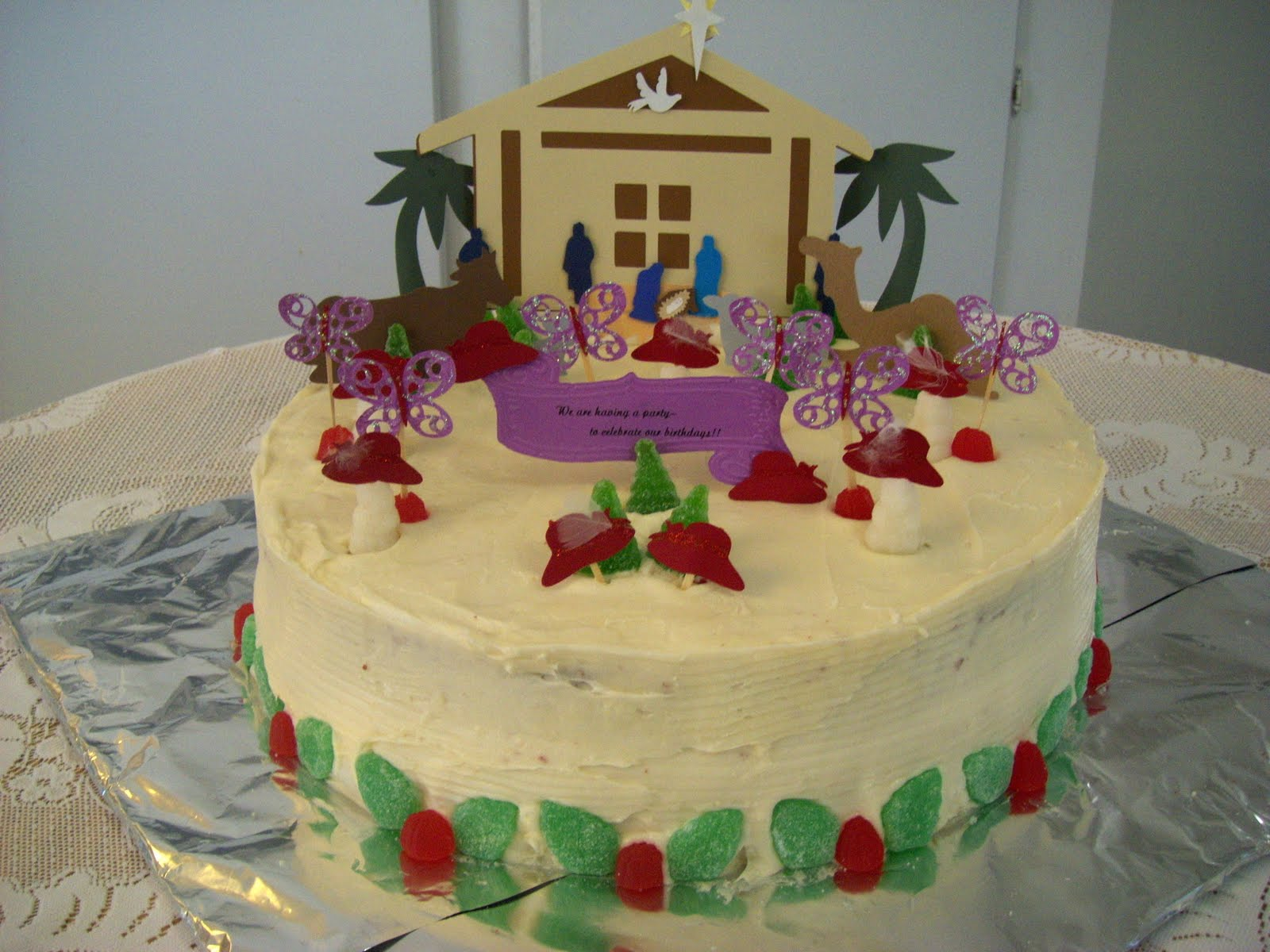 whatwasoldisnewagain: Red Hatter Christmas/Birthday Cake Dec.1/2010