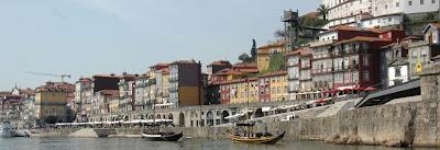 Café Portugal - PASSEIO DE JORNALISTAS no Douro