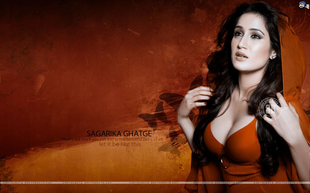 http://2.bp.blogspot.com/_dx_asK7X0kM/TIfhxk_-FhI/AAAAAAAAAZI/2aRlTHyuElE/s1600/sagarika-ghatge-hot3.jpg