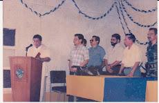 Momento historico cuando se inaugura la nueva epoca de Radio Nacional Tikal.