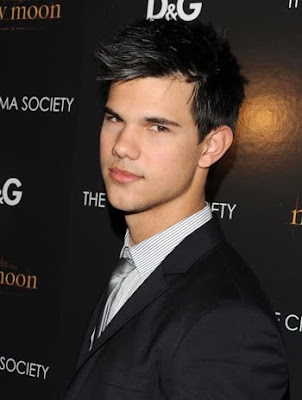 selena gomez and demi lovato and taylor swift and miley cyrus. Taylor Lautner