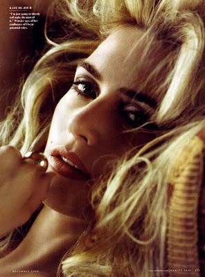Kate Winslet British actress sexy wallpaper