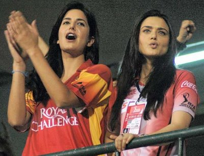 Katrina Kaif - Stránka 3 There-wasnt-much-to-cheer-about-for-bangalore-ambassador-katrina-kaif-left-preity-zintas-kings-xi-punjab-were-too-strong-on-the-day