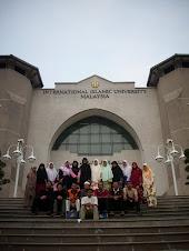 Bersama barisan Kesatuan Pelajar Islam Johor di UIA
