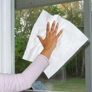 vivere verde: Come pulire specchi e vetri con alcol rosa