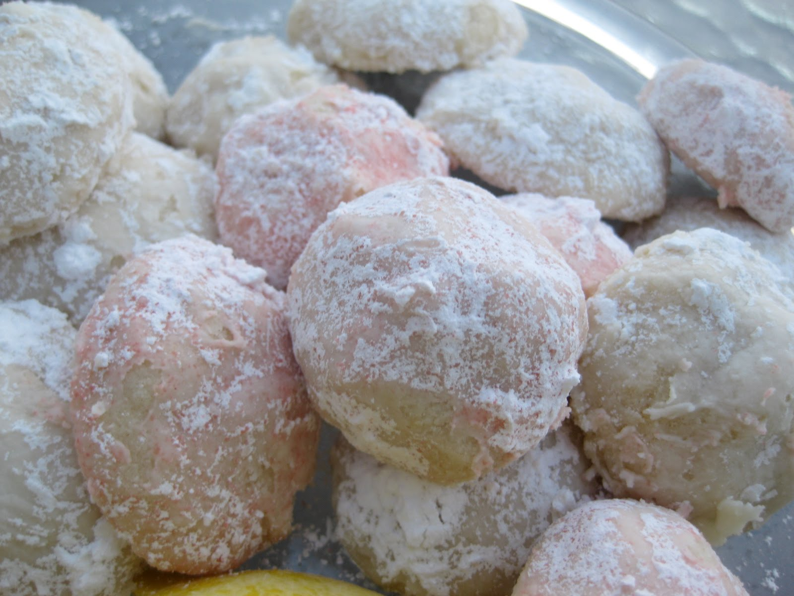 The Lonely Baker Lemon Snowball Cookies