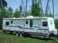 2004 32' Keystone Mountaineer