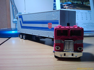 Transformers Universe, Optimus Prime 25th Anniversary Edition