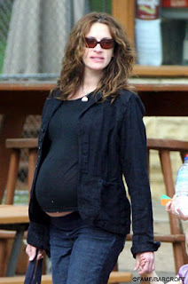 Growing Your Baby: Julia Roberts and Danny Moder Welcome A Baby Boy!