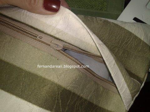Como colocar fecho em almofada
